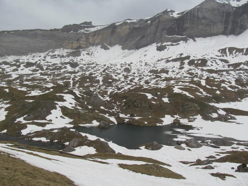 2015 05 13 Les Lacs des Aires depuis le Cirque de Troumousse-12