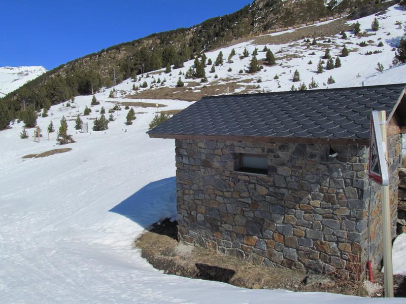 El forn llac lago el fornet roca-03