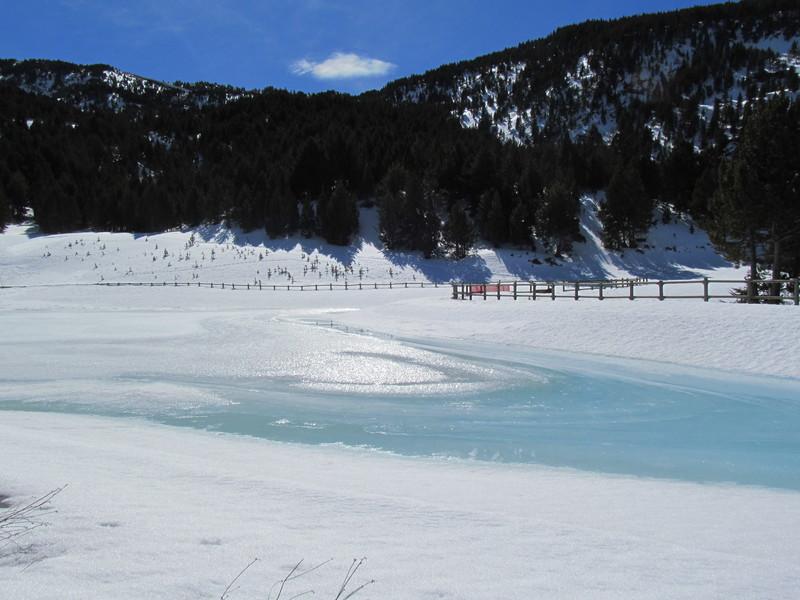 El forn llac lago el fornet roca-11