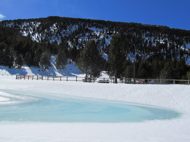 El forn llac lago el fornet roca-12