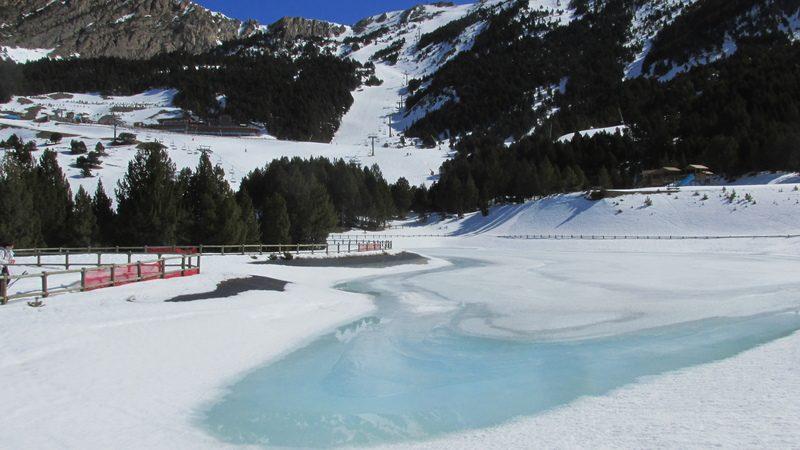 El forn llac lago el fornet roca-21