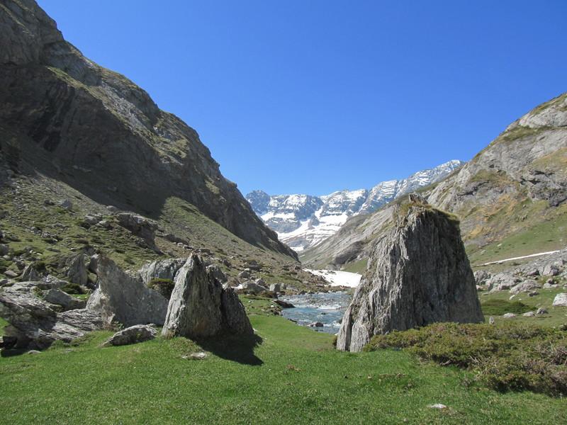 cirque cabane estaube lac barrage gloriettes troumouse gavarnie hautes pyrenees-03