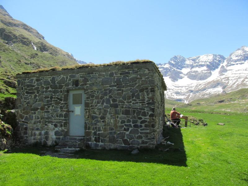 cirque cabane estaube lac barrage gloriettes troumouse gavarnie hautes pyrenees-09