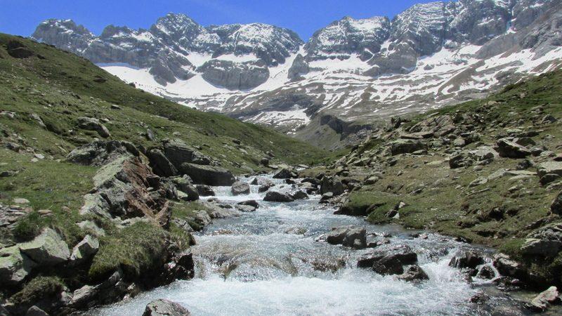 cirque cabane estaube lac barrage gloriettes troumouse gavarnie hautes pyrenees-34