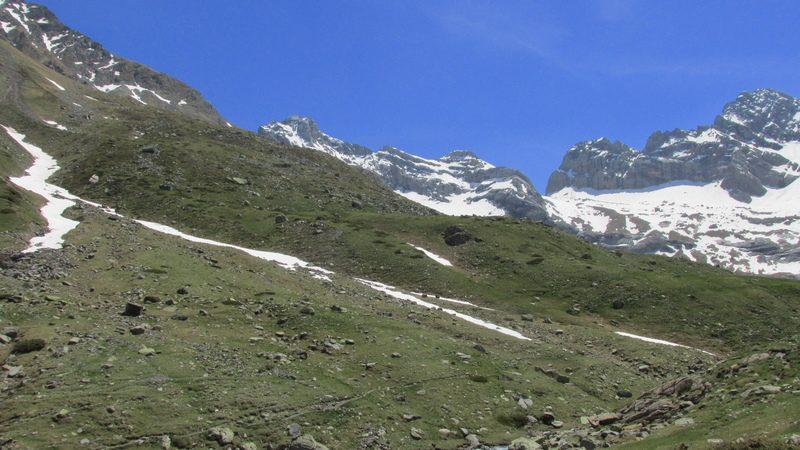 cirque cabane estaube lac barrage gloriettes troumouse gavarnie hautes pyrenees-35