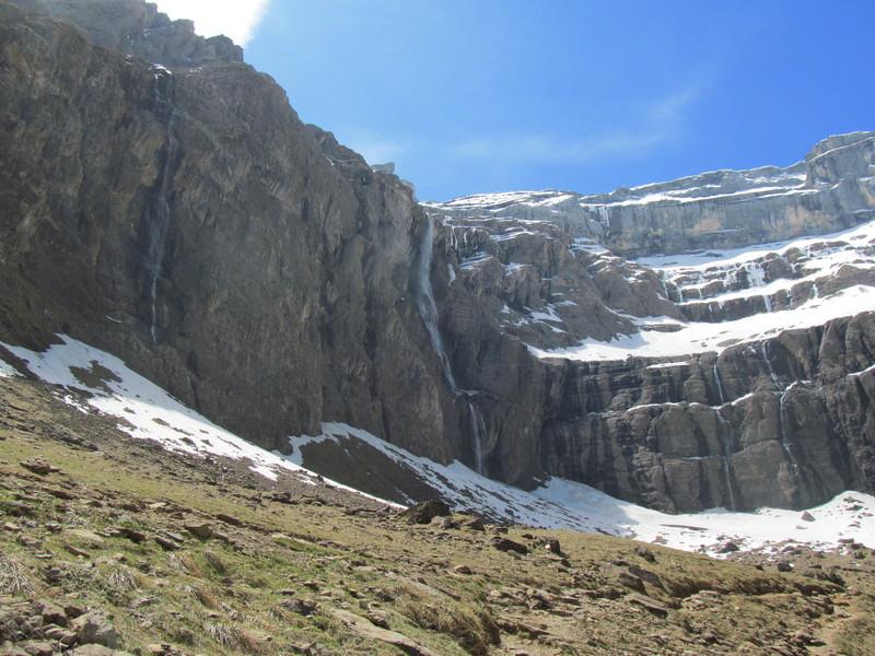 cirque cascade gavarnie grand site classé hautes pyrénées-05