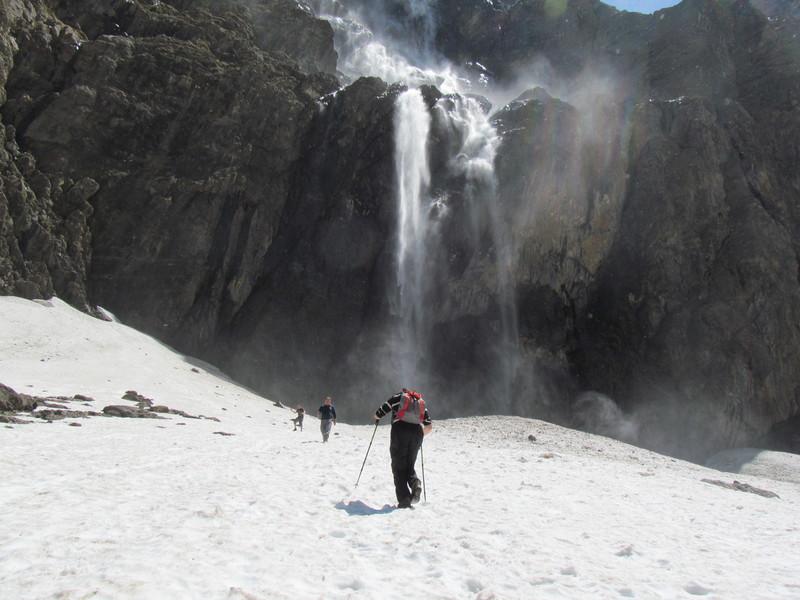 cirque cascade gavarnie grand site classé hautes pyrénées-08