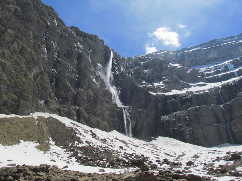 cirque cascade gavarnie grand site classé hautes pyrénées-09