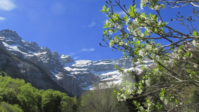 cirque cascade gavarnie grand site classé hautes pyrénées-19