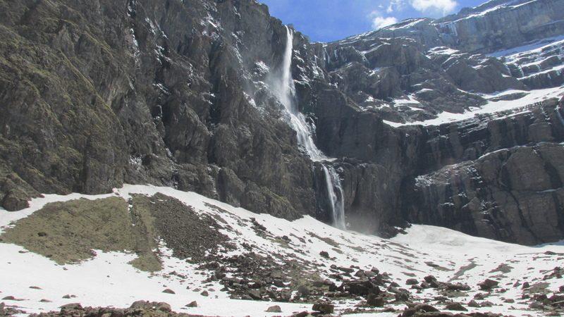 cirque cascade gavarnie grand site classé hautes pyrénées-33