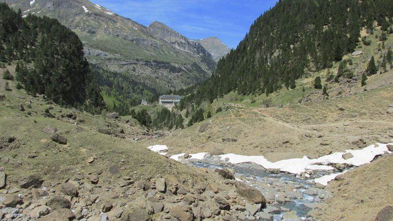 cirque cascade gavarnie grand site classé hautes pyrénées-35