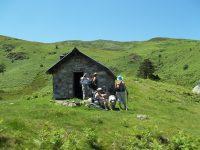 La cabane d'Estibat par le pied du Pic de la Journalade